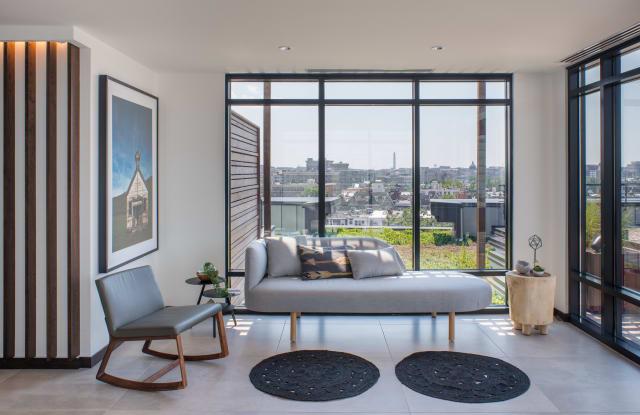 Reed Row Apartment Washington