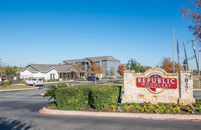 Republic Woodlake Apartment San Antonio