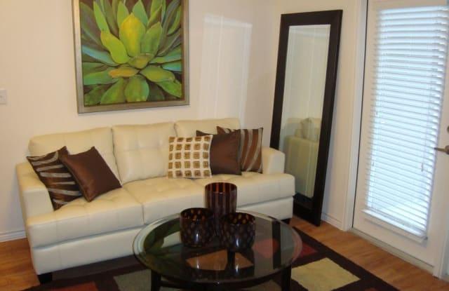 Retreat at North Bluff Apartment Austin