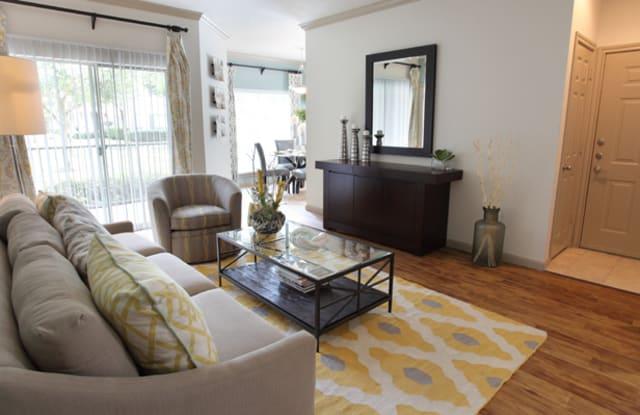 Richmond Towne Homes Apartment Houston