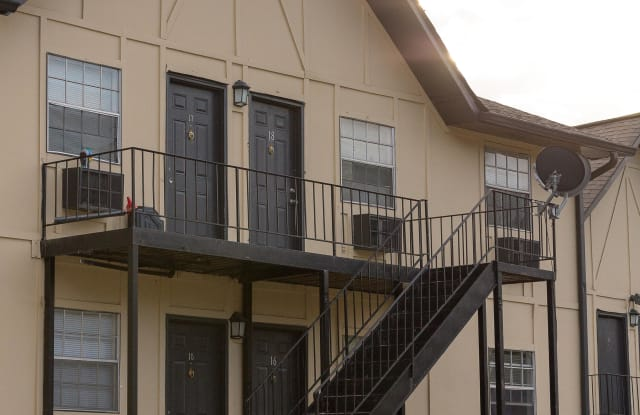Rio Vista Apartments Apartment Atlanta