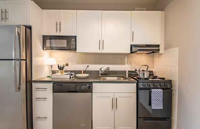 Rittenhouse Claridge Apartment Philadelphia