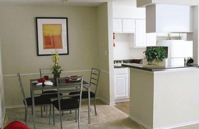 Rockridge Station Apartment Houston