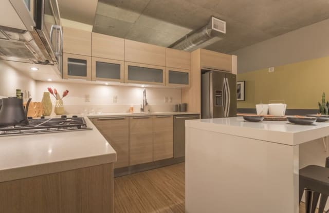 Rollin Street Flats Apartment Seattle