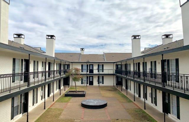 Royal Orleans Apartment Dallas