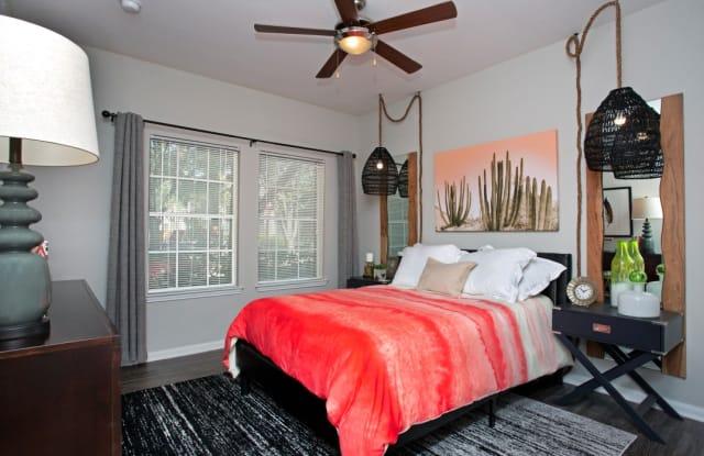 Saddle Creek Apts Apartment Austin