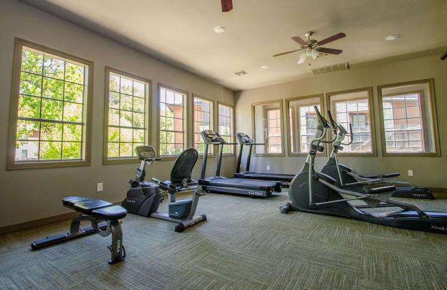 Saratoga Ridge Apartment Austin