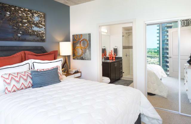 SkyHouse Dallas Apartment Dallas
