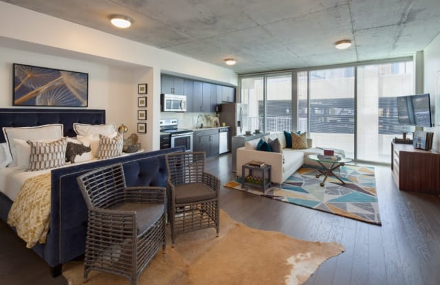 SkyHouse Uptown Apartment Charlotte