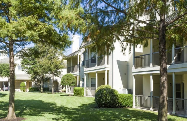 Somerset Townhomes Apartment Austin