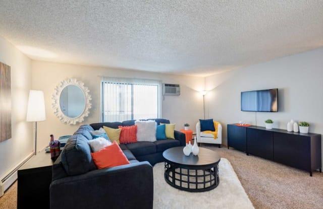 Spyglass Hill Apartment Denver