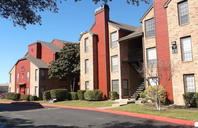 Stonehill at Pipers Creek Apartment San Antonio
