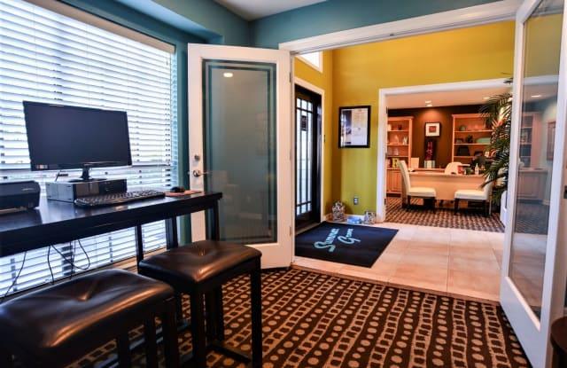 Summer Grove Apartment Austin