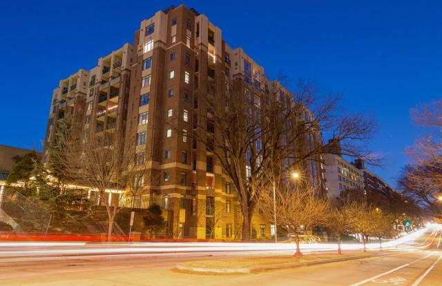 The Barton at Woodley Apartment Washington
