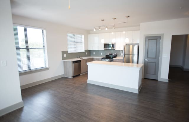 The Brady Apartment Atlanta