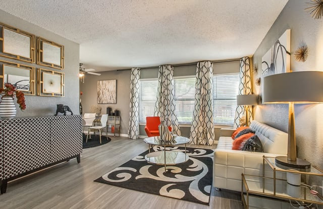 The Brooklyn at 9670 Apartment Dallas