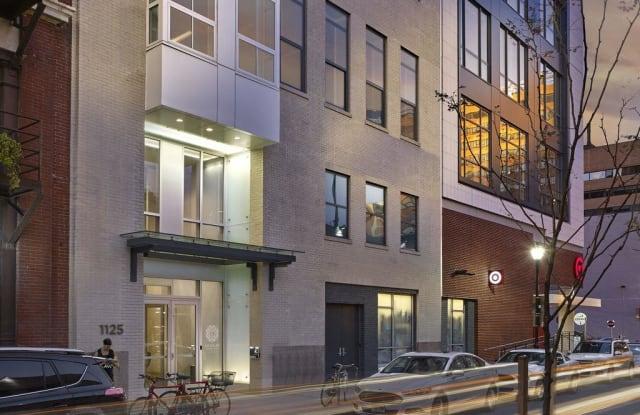 The Collins at Midtown Village Apartment Philadelphia