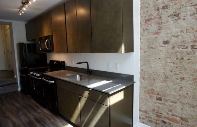 The Colonel Apartment Washington