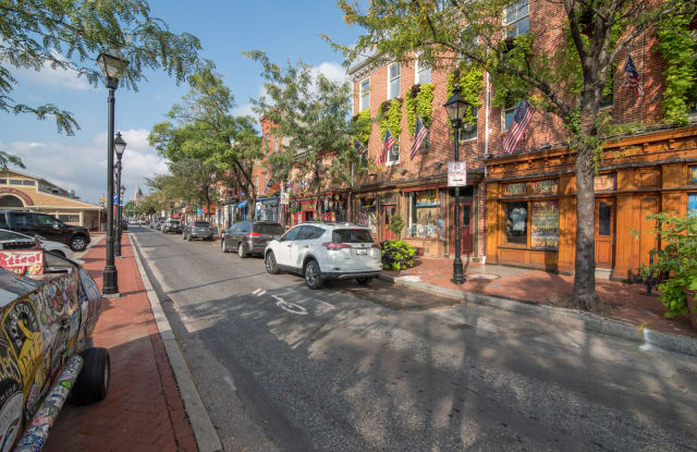 The Crescent at Fells Point Apartment Baltimore