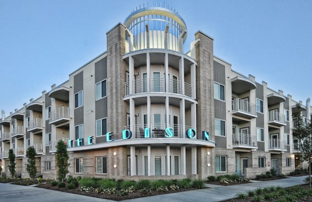 The Edison Apartment Charlotte