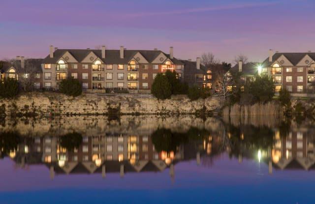 The Estate on Quarry Lake Apartment Austin