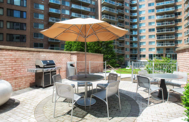 The Flats at Dupont Circle Apartment Washington