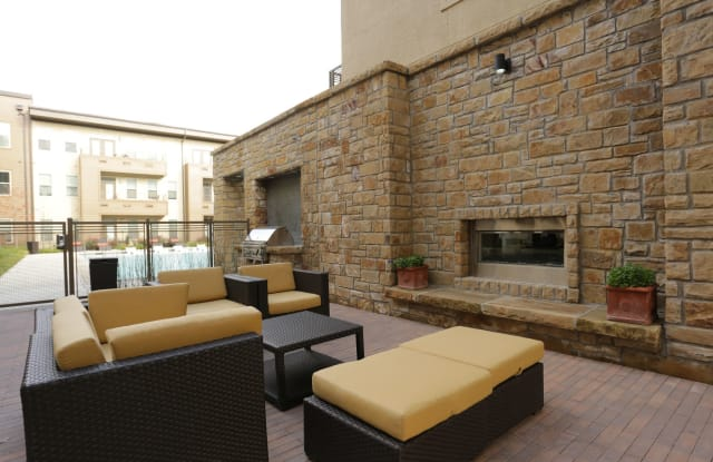 The Gentry on M Streets Apartment Dallas