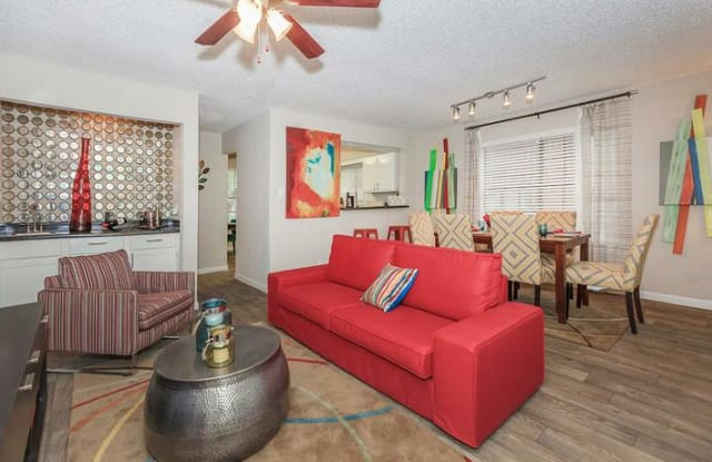 The Grand Apartment San Antonio