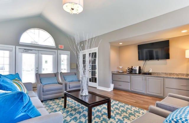 The Hamptons Apartment Charlotte
