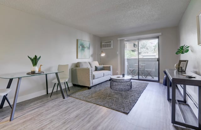 The Hudson Apartment Denver