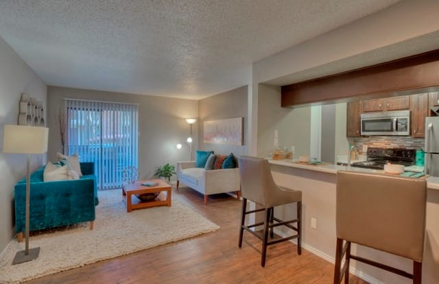 The Manhattan Apartment Dallas