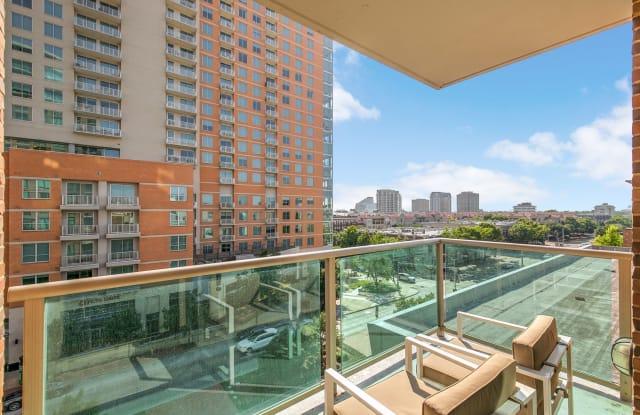 The Mondrian Cityplace Apartment Dallas