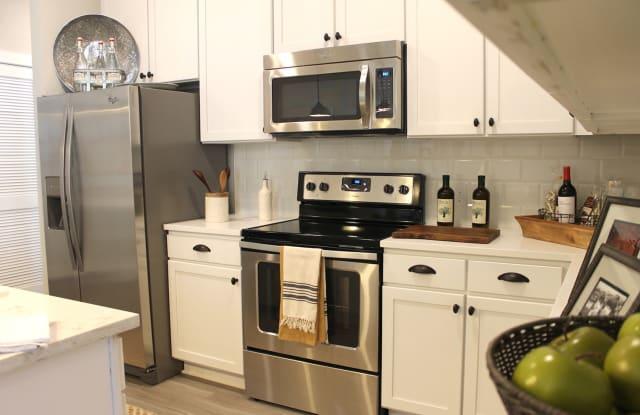 The Monroe Apartment Atlanta