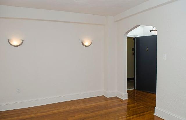 The Paramount Apartments Apartment Washington