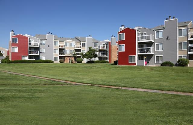 the parc at cherry creek apartments denver co rentdeals com the parc at cherry creek apartments