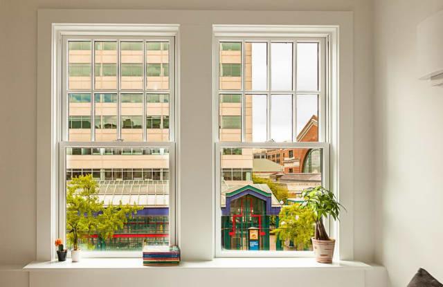 The Publix / Historic Apartment Seattle