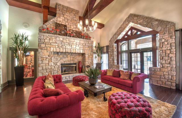 The Ranch at Shadow Lake Apartment Houston