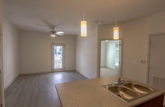 The Reserve at Springdale Apartment Austin