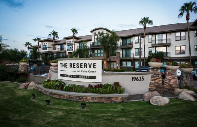 The Reserve on Cave Creek Apartment Phoenix
