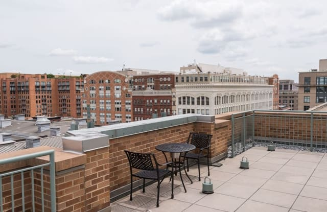 The Residences at Historic Row Apartment Washington