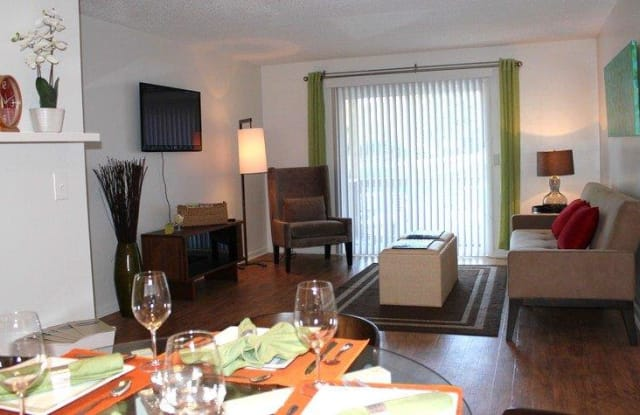 The Residences at Stonebrook Apartment Nashville