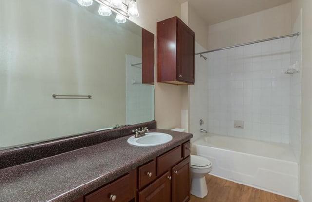 The Retreat at Eldridge Apartment Houston