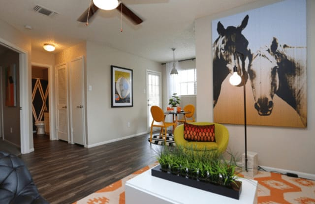 The Row Apartment San Antonio