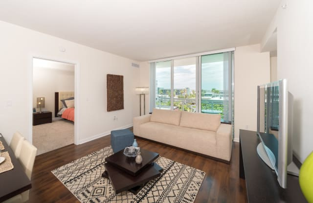The Slade at Channelside Apartment Tampa