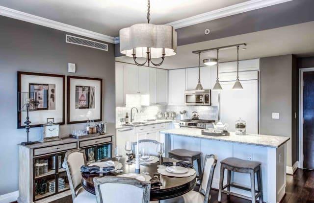 The Woodley Apartment Washington