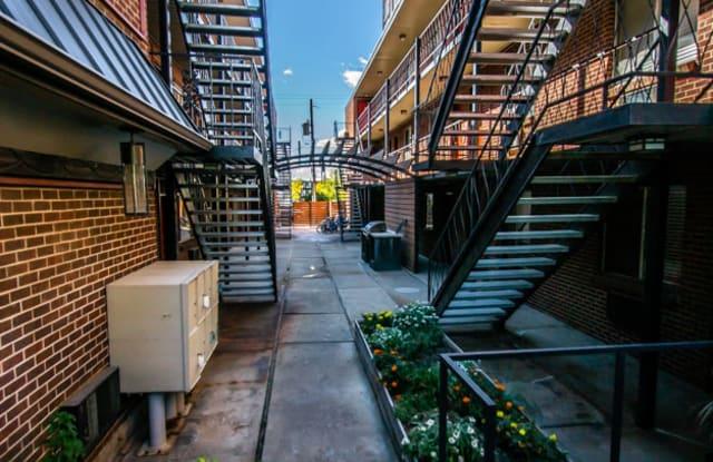 Topaz Apartment Denver