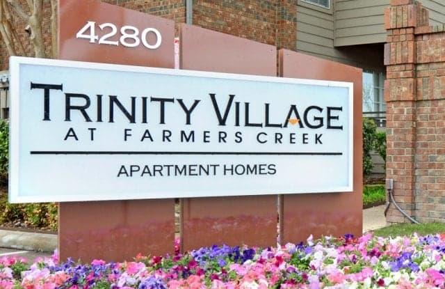 Trinity Village at Farmers Creek Apartment Dallas