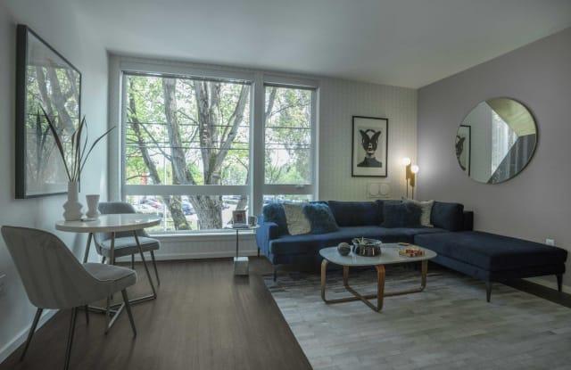 Twenty20 Mad Apartment Seattle