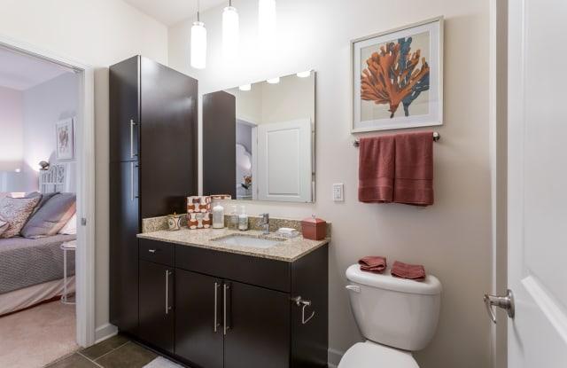 Vanguard Northlake Apartment Charlotte