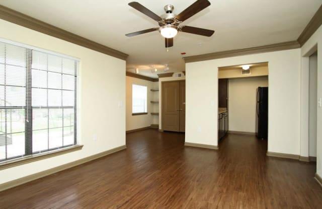 Villa Del Prado Apartment Houston
